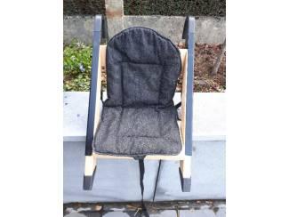 Meneem kinderzitje om op stoel te monteren