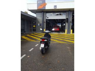 Tekoop piaggio new fly 25 bj2014 (snorscooter)