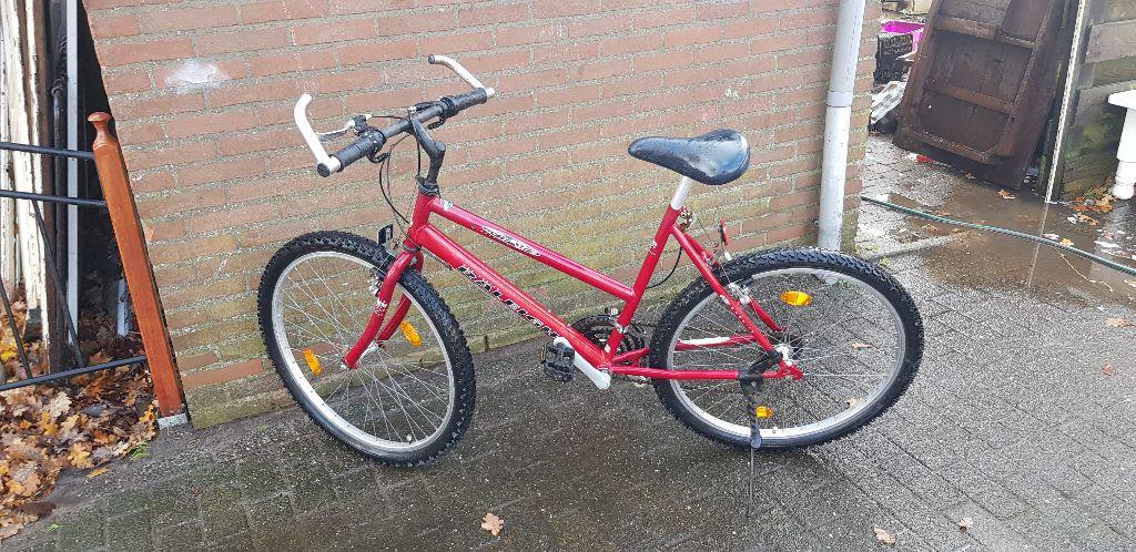 mountainbike 18 versnellingen
