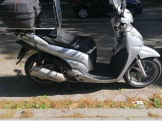 HONDA MOTORSCOOTER SH300 SI