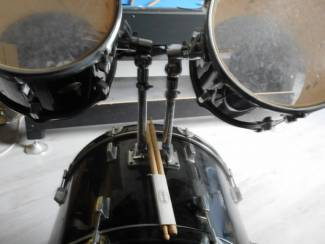 Drumstellen en Slagwerk thunder compleet drumstel met bekkens van MEINL