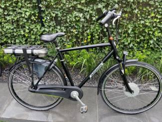 Te koop heren e-bike van Batavus.