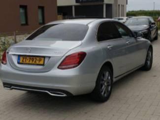 Auto's Mercedes 220