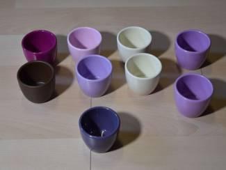 9 kleine aardenwerk potjes
