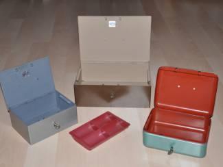 Geldkistjes 3x 1 x bruin, 1x grijs en 1x groen