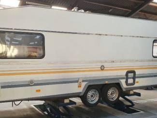 Caravan/Camper Voordelige Reparatie Na de Vakantie