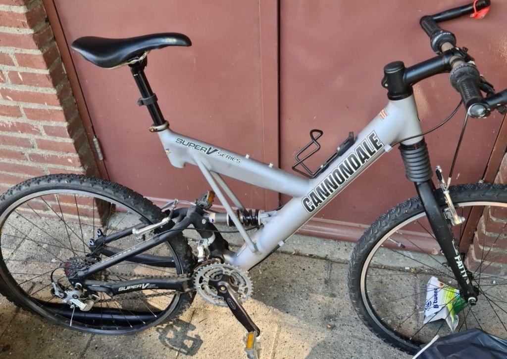 cannondale mountainbike carbon fiber