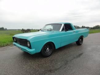 Nette Ford Ranchero 1966 Pick-Up Oldtimer