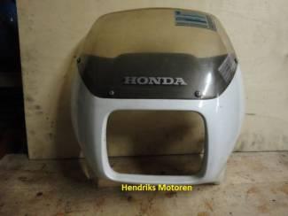 Stuurkuip met ruit Honda Transalp XL600V.