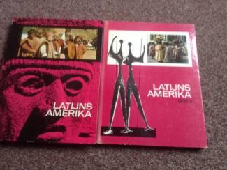 2 Boeken van Latijns Amerika met prenten en grondige tekst