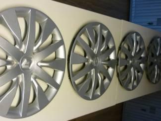 Wieldoppen Renault 16 inch