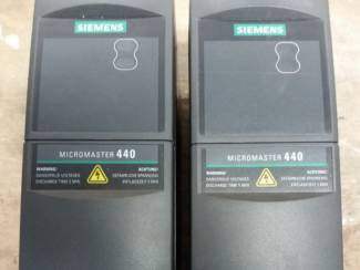 Elektronica-componenten ### Frequentieregelaar 3 fase Siemens MICROMASTER 440  ###