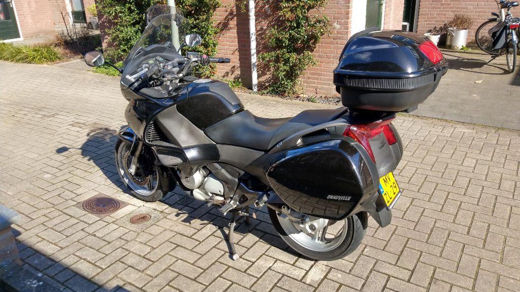 Honda Deauville NT700VA ABS (bj 2009)