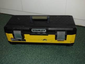 Mooie degelijke kunststof kist, voor materiaal en/of gereedschap