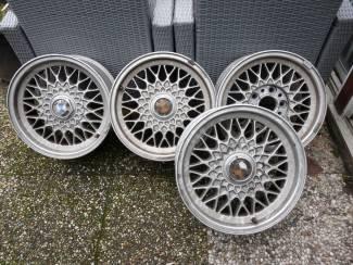 Honingraat Aluminium BMW velgen 15