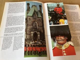 Reisboeken 2 boeken v.Canada ,oudere & vernieuwde versie TOP om op reis te g