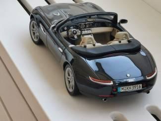 BMW Dealer Z8 1/12 KYOSHO + Hardtop # 80430020878 Zwart 37 cm!