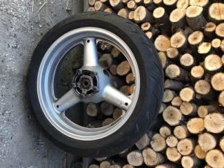 Suzuki sv achterwiel 99-02