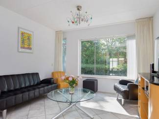 Huizen te koop Grote hoekwoning met veel leef en hobby ruimte, grote garage
