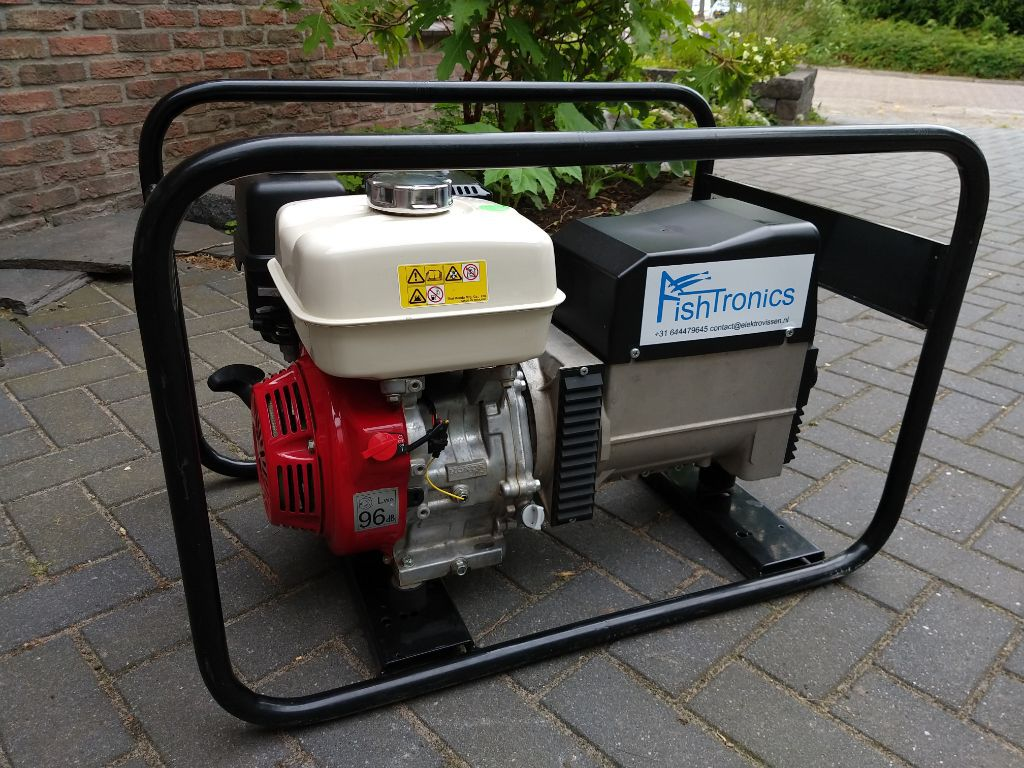 Aggregaat 5 kW 230-400 V,  merk Honda (benzine)