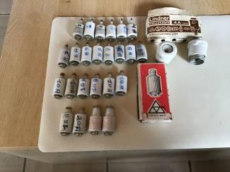 Zekeringen of plombs ,van 4,6,10,15,20,25 Amperes ,Nieuwe