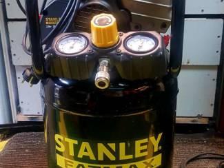 Stanley Fatmax met hybride pomp 24l