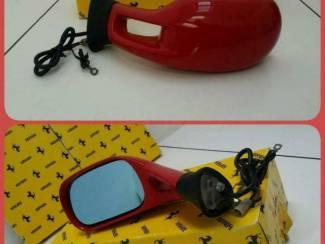 Ferrari Testarossa Spiegel links