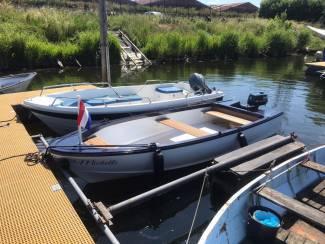 Motorboot+ Trailer zonder motor