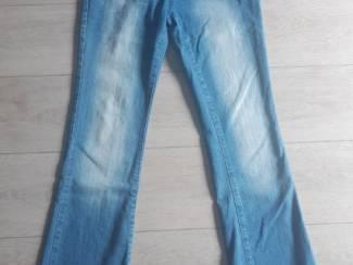 Nieuwe Bootcut jeans mt 38