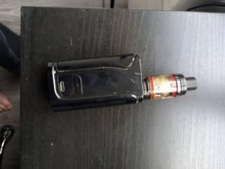 Eleaf ikuu i200/smok stick v8 e sigaret