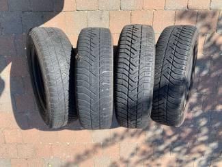 Auto onderdelen 4 Velgen met winterbanden R14 65x175 voor o.a Daihatsu gran move