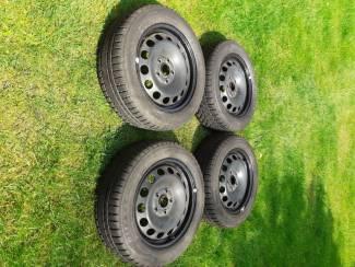 Bridgestone Winterbanden voor VW Jetta.
