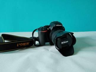 Nikon D5600 + 16-55mm + travelbag + 3 batterijen